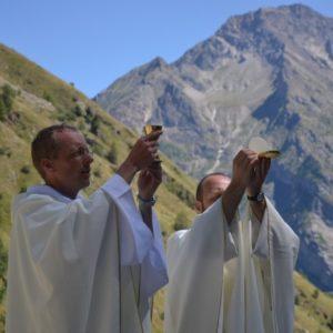 Retraites pour jeunes, séminaristes, prêtres