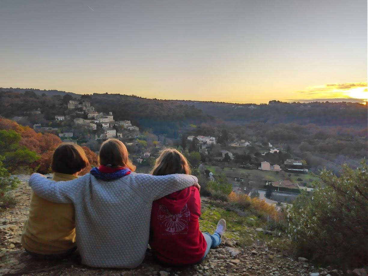 coucher soleil jeunes amitié