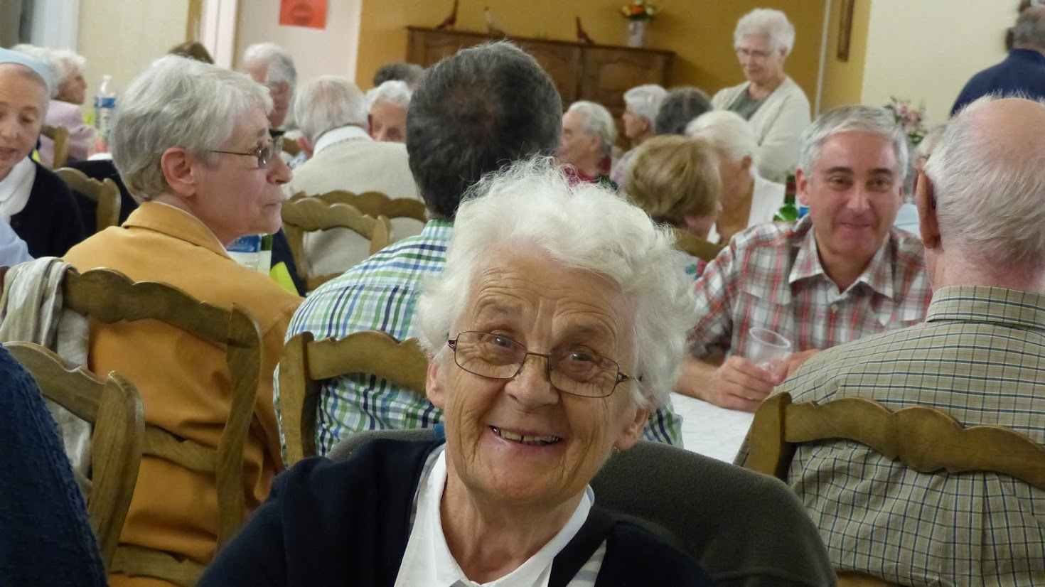 Sourire âgée